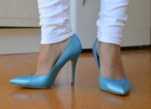 TheModeCollective_BlueHeel1